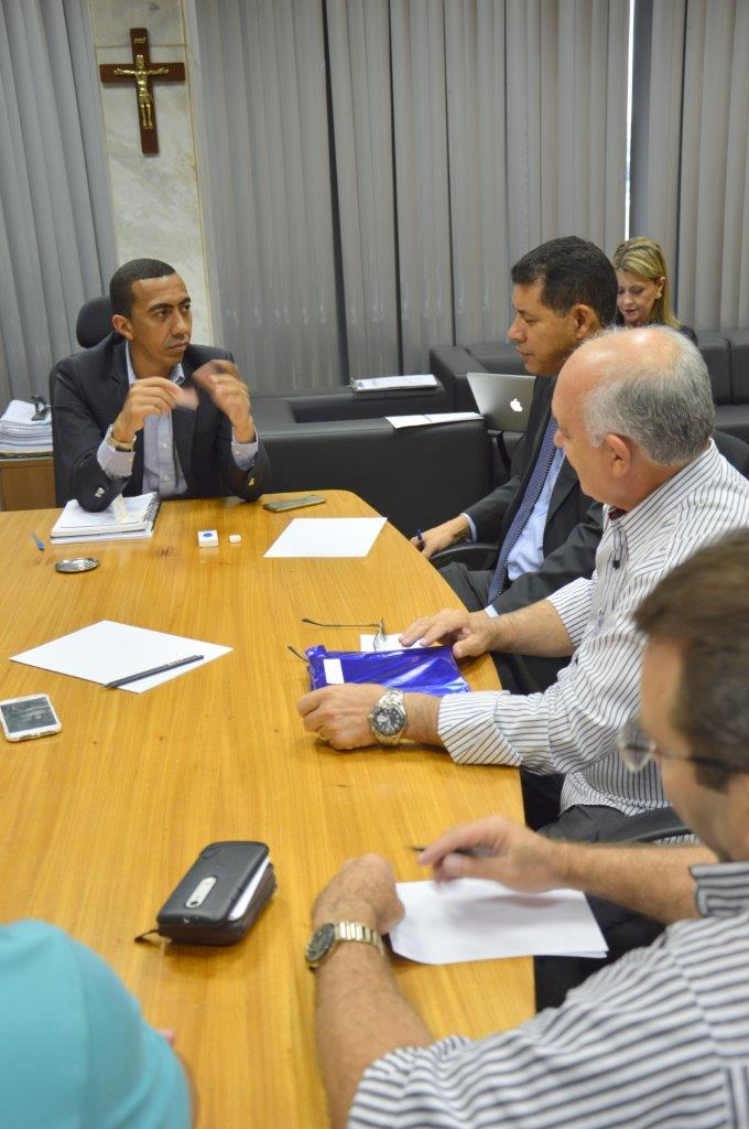 Foto: REUNIÃO COM O VICE-GOVERNADOR DO DF EM ABRIL DE 2016 - 11