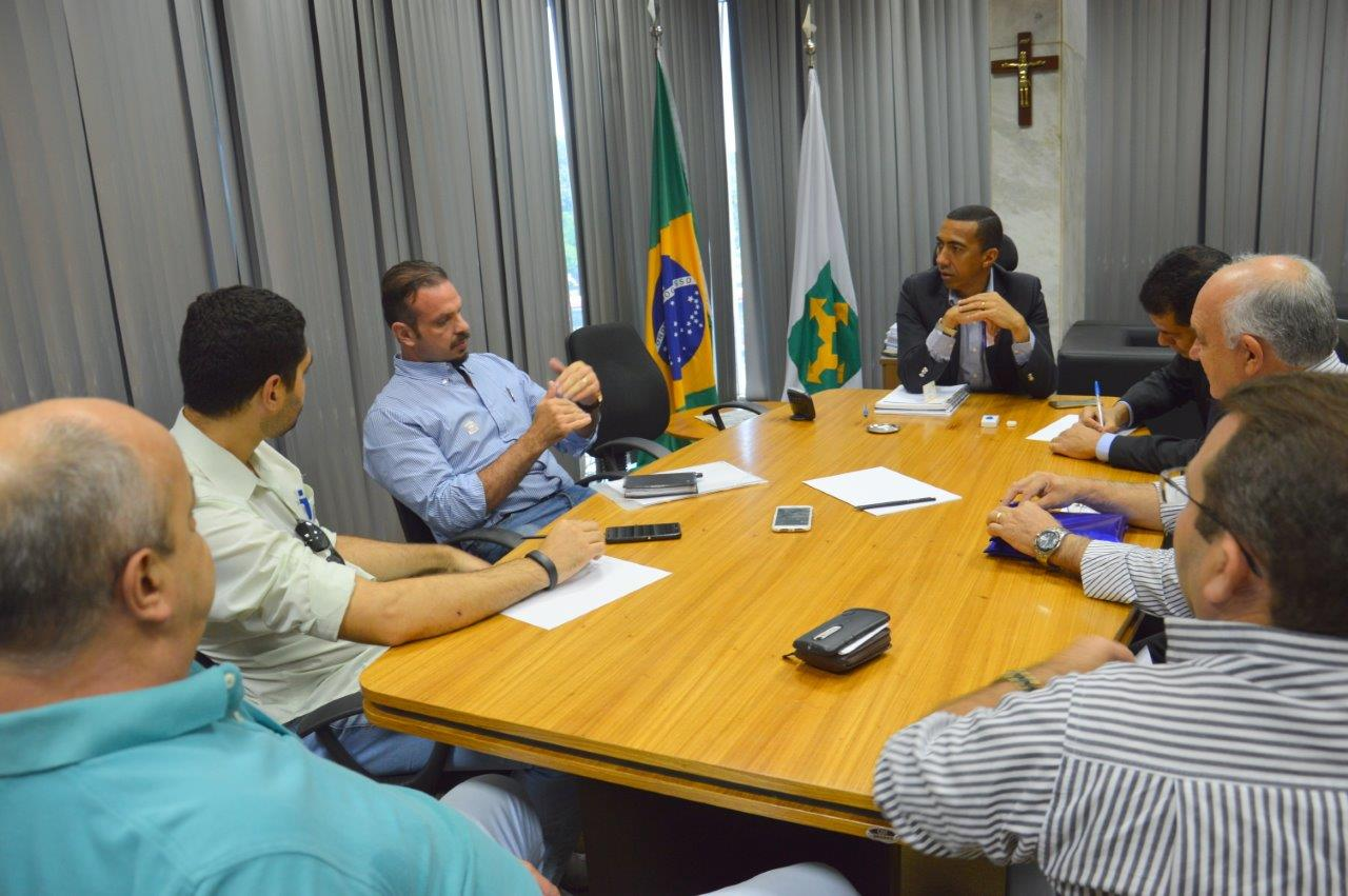 Foto: REUNIÃO COM O VICE-GOVERNADOR DO DF EM ABRIL DE 2016 - 12